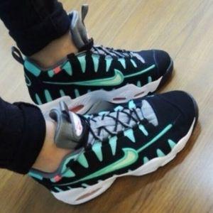 Nike Air Max Moto Womans size 8